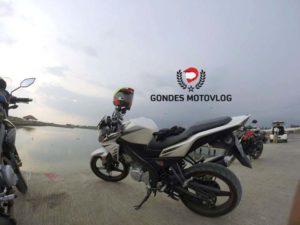 Gondes Motovlog Yamaha New Vixion Lightning