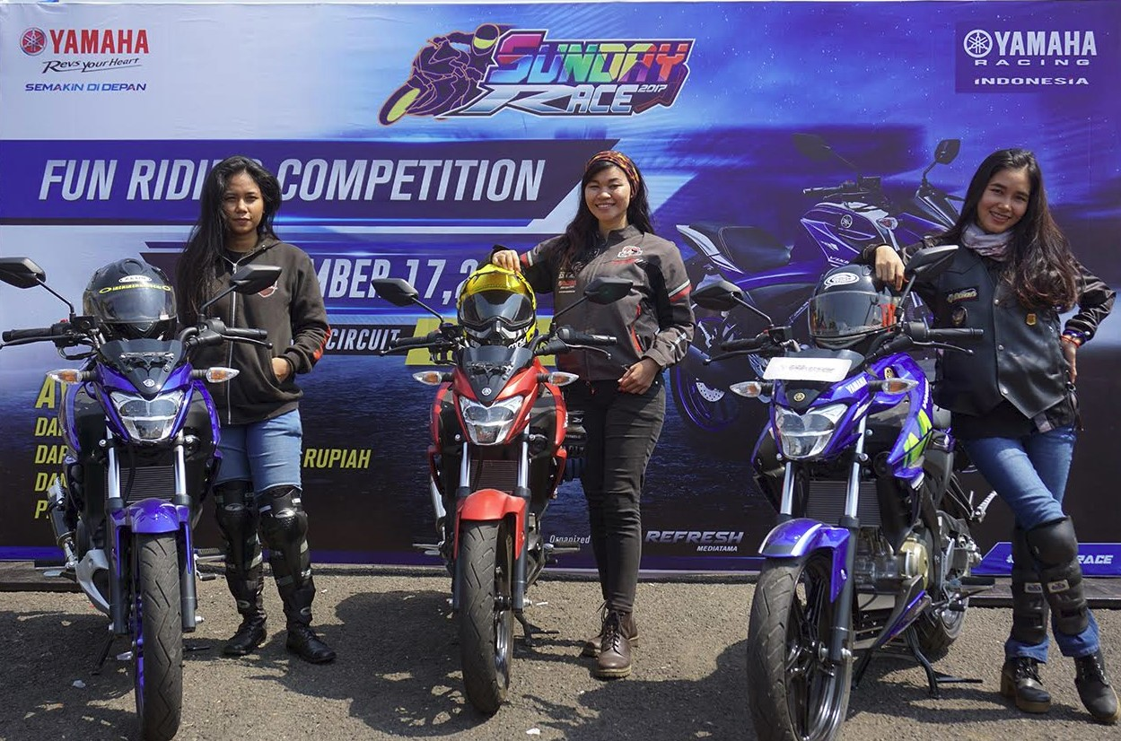 Lady Bikers Geber New Vixion 155 di Sentul Yamaha Sunday Race 3
