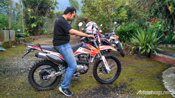 Motorcross Harga 20 Jutaan VIAR Cross X 200 SE  ..?